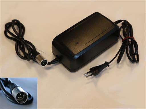 Giant Schnellladegerät 4A - 3 Pin für Side Pull Akku